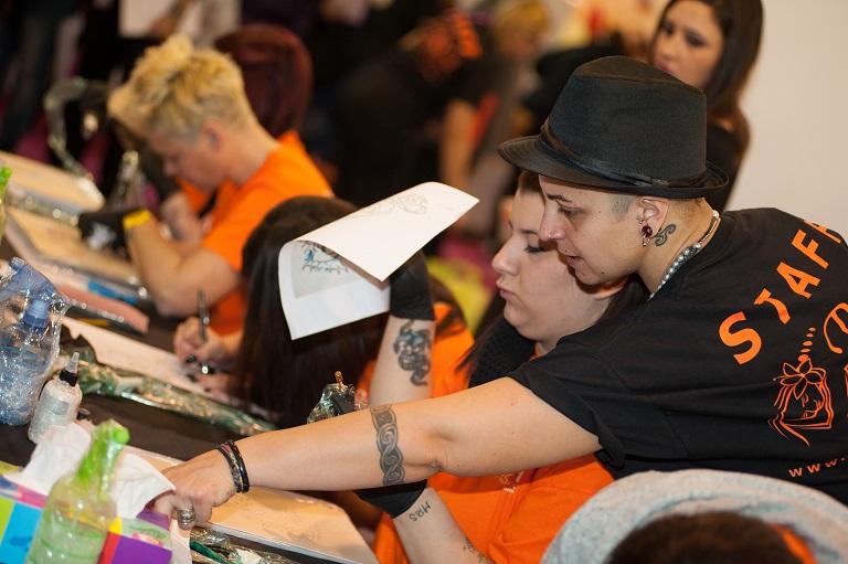 Corso Tatuaggio e Piercing Riconosciuto dalla Regione Lazio <br/> (Corso Tatuaggio Roma - Corso trucco semipermanente Roma)