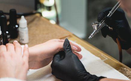 Corso AirBrush Nail Art - Nail art con aerografo